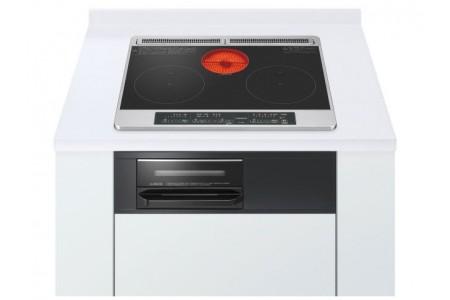 Bếp từ Hitachi HT-M6K gồm 2 bếp từ 1 bếp hồng ngoại và 1 lò nướng