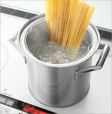 Bếp từ Hitachi HT-K200XTWF size 75cm với 2 bếp từ IH, 1 bếp All Metal, 1 lò nướng